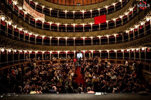 Teatro Valle Occupato Assembly